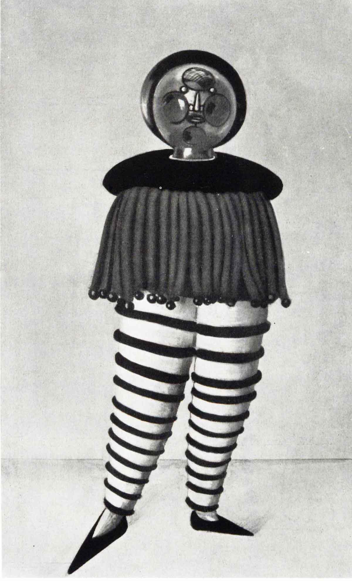 Triadic Ballet costume 2